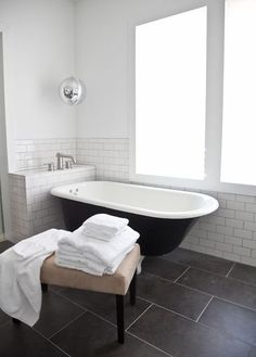 What's the Best Tile Layout For My Bathroom?: Straight or Staggered?