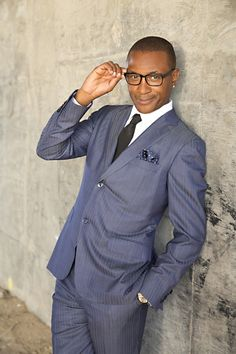 RT #ULM #FEATURE #comedian @tommycat SO UNDERRATED PERFORMS #COMEDYEXPLOSION @RainbowPromo  http://www.urbanlyfestylesmagazine.com/comedian-tommy-davidson-underrated-performs-comedy-explosion/