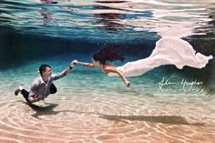 Who wouldn't want to be a mermaid bride :) Love underwater wedding photography -- omg sooo kool -- I Have to do this Underwater Wedding, Underwater Photos, Underwater Photography, Under The Water, Cute Wedding Ideas, Wedding Pictures, Little Mermaid Wedding, Foto Pose, Sunshine Coast