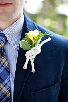 A knot with floral boutonniere for a nautical wedding theme with a blue suit and a patterned blue and yellow tie for the groom. Boat Wedding, Seaside Wedding, Dream Wedding, Titanic Wedding, Nantucket Wedding, Cruise Wedding, Wedding Souvenir, Wedding Shit, Bodas Boho Chic