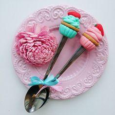 Ягодные радости на заказ     ________________________ Все ложечки в группе Вк по альбомам,активная ссылка в профиле ⬆ здесь ➡ #lerasandrovna_crafts #spoon #kitchen #cucina #kitchenwear #handmade #polymerclay #worldbestideas #icecream #cake #cupcakes #вкусныеложечки #ложечки #праздник #дети #торт #подарки #свадьба #идеи #мороженое #ручнаяработа #Казань #рукоделие #творчество #полимернаяглина #фигурки #лепнина