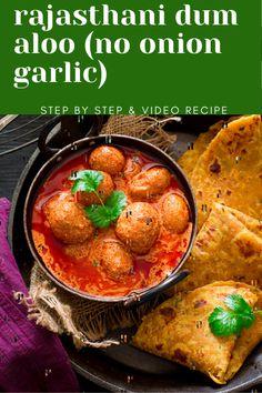 Lunch Recipes, Vegetarian Recipes, Dinner Recipes, Potato Curry, Baby Potatoes, Fusion Food, Recipe Boards, International Recipes, Indian Food Recipes