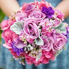 Can't get over how pretty this pink bouquet is!  Via Floral: @flowersbycina  #weddingbouquet #pretty #instaflower #bouquet #style #instalike #pink #flowers #floralarrangement #floraldesign #bouquets #weddingwednesday #flowerstagram #flowergram #sophisticatedbride #bellethemagazine by bellethemagazine