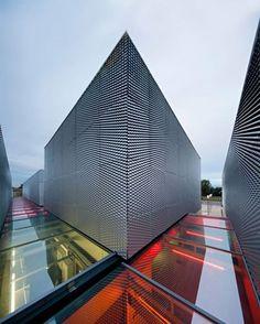 https://fbcdn-sphotos-d-a.akamaihd.net/hphotos-ak-prn2/t1/p403x403/1798598_10152183259376308_32407940_n.jpg #architecture ☮k☮