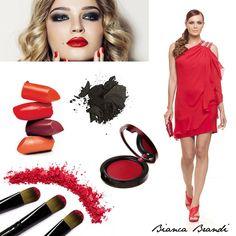 """#Minidress #Rosso... il suggerimento per un #makeup da sogno è il cosiddetto trucco """"glamour"""", con smokey eyes sui toni del marrone, nero o anche grigio, tortora viola con eyeliner e mascara a volontà! #beauty #fashion #red"""