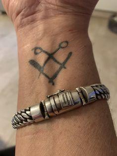 Barber Tattoo, Tattoos, Bracelets, Jewelry, Tatuajes, Jewlery, Jewerly, Tattoo, Schmuck