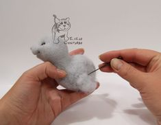 the cutest mouse ever and a tutorial..needle felting