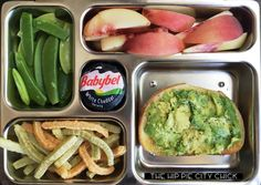 Honestly, who doesn't love avocado toast!???   It's a favorite in my house. I could eat it all day but that wouldn't be too good for my belly. 😬  Today the kiddo is getting some good stuff!   - avocado toast on sourdough  - white peaches - veggie crisps - snap please  - #babybell cheese  Perfect for another day of soccer!   #kidskunchboxtips #lunchonthego