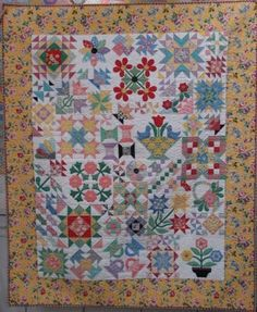 Bee In My Bonnet: Ode to the 1930's Quilt     good look at the fabric selected