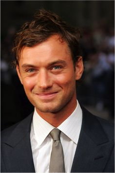 Jude Law - Lucious! Yup..... He can take my daughter out any time. Hey ! he take Me out..........(the 'nice' boy-next-door )