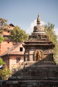 Small shrine / monument near the centre of Nuwakot, Nepal Indian Temple Architecture, India Architecture, Architecture Design, Village Photography, Landscape Photography, Body Painting Festival, Spiritual Photos, Watercolor Landscape Paintings, Draw On Photos