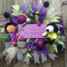 Halloween Wreath, Fall Wreath, Peanuts Wreath, Snoopy Wreath, Charlie Brown Wreath, Halloween Mesh Wreath, Witch Wreath by BaBamWreaths on Etsy https://www.etsy.com/listing/238003356/halloween-wreath-fall-wreath-peanuts