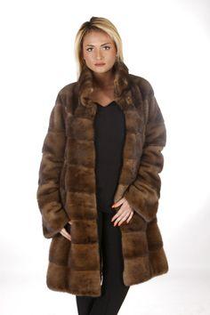 GIACCONE VISONE PELLICCIA PELZ PELZMANTEL JACKET MINK FUR NERZ FOURRURE норка | eBay Fabulous Furs, Fur Coats, Mink Fur, Mantel, Women's Fashion, Elegant, My Style, Jackets, Outfits