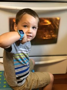 It's snack time! The Octopus Watch helps kids understand their daily routine and gives them an opportunity to get excited about what's ahead.  #OctopusIconBasedWatch #iconbasedwatch #goodhabits #visualscheduling #adaptivecoaching #hardware #hax #maker #iot #startup #kids #familytech #wearable #smartkids #innovation #watch #educational #toys #educationaltoys #OctopusWatch #edtech #parentTech #parentinglife #parenting #parents @tracylewismoore