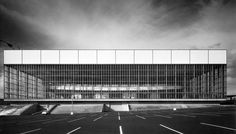 SOM Portland Memorial Coliseum  Location: Portland, Oregon Project Completion: 1960 Site Area: 22 acres Project Area: 341,300 ft2 Number of Stories: 2 stories
