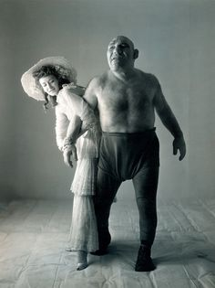 Photographed by Irving Penn, Elvie saw a signed vintage silver print of this 2014 for Euro. all you Shrek fans! Professional wrestler Maurice Tillet, aka The French Angel, was the inspiration for Shrek's character design. Irving Penn, Rare Photos, Old Photos, Rare Historical Photos, Angel In French, Dorian Leigh, Human Oddities, Foto Art, Interesting History