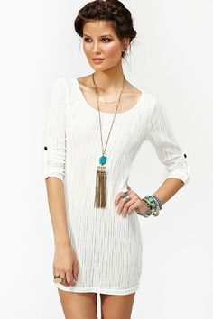 simple white dress. perfectly styled.