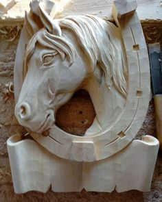 Caballo fuerte Dremel Wood Carving, Wood Carving Art, Wood Art, Wood Carving Designs, Wood Carving Patterns, Wood Burning Crafts, Wood Crafts, Transfer Images To Wood, Pyrography Patterns