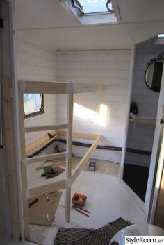17 Best Ideas for Trailer Remodeling - camping - Mini Chalet, Caravan Makeover, Camper Trailers, Travel Trailers, Travel Trailer Remodel, Airstream Interior, Camper Renovation, Remodeled Campers, Camping Car