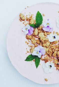 Rhubarb pie Rhubarb Tart, Food Design, Love Photography, I Love Food, Lily, Plates, Muoto, Baking, Tableware