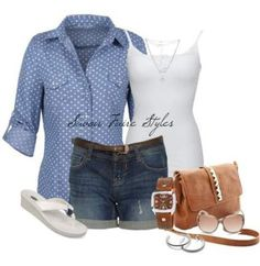 ideas backyard bbq outfit casual style for 2019 Bbq Outfits, Casual Summer Outfits, Outfit Summer, Beach Outfits, Backyard Bbq Outfit Ideas, Fun Backyard, Backyard Wedding Dresses, Backyard Makeover, What To Wear