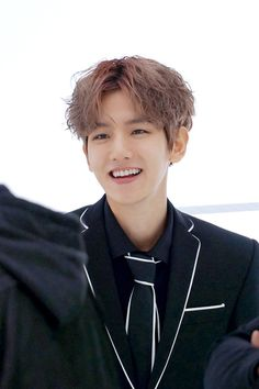 Baekhyun - 170104 Official EXO Vyrl update Credit: Official EXO Vyrl