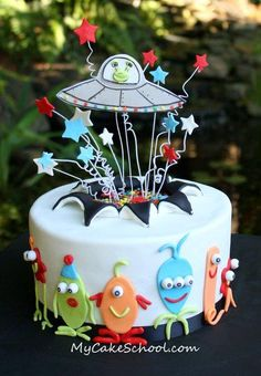 I like this Alien Cake tutorial for two reasons---number one, cute aliens! Number two, you'll get to learn the 'exploding cake' technique! Fondant Cakes, Cupcake Cakes, Aliens, Alien Cake, Cakes For Boys, Boy Cakes, First Birthday Cakes, Love Cake, Cake Tutorial