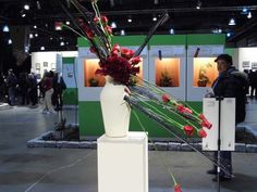 """2013 Phila International Flower Show: """"Brilliant"""" (London) No infringement intended. While the photos were taken by me, all arrangements/displays/sculptures/art/etc are exclusive property of the owners/creators."""