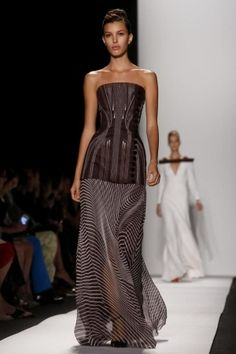 Carolina Herrera Ready To Wear Spring Summer 2014 New York...This top in leather would be pretty. Love the details. Cheaper to have custom-made than purchasing from salon.
