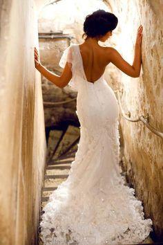 Rita Pereira, vestido Micaela Oliveira Dream Wedding Dresses, Bridal Dresses, Wedding Gowns, Stunning Dresses, Nice Dresses, Flower Girl Dresses, Awesome Dresses, Katharine Hepburn, Stunning Wedding Dresses