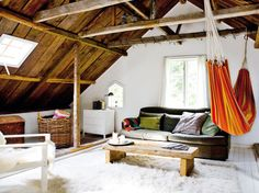 Love the hammock in the room!