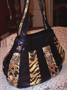 The Lollapalooza Handbag Pattern - by StudioKat Designs