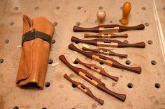 Scraper shaves my way #6: Spin the wheel... - by mafe @ LumberJocks.com ~ woodworking community