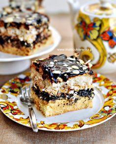 Ciasto makowe z kokosem i kremem, polane czekoladową
