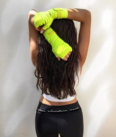 """Shay Mitchell on Instagram: """"Got myself to the ring this morning and I'm definitely going to feel it tmrw...! Where did you wander to today?! *wearing my @fit_to_wander pants from @kohls* #exploreadventurewander #PowPow #wanderwednesday"""" Boxing inspo fitspo"""