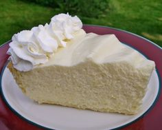 A Messy Kitchen: Lemon Chiffon Pie
