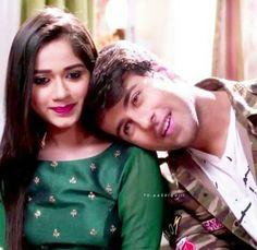 Ahaanakti Girl Pictures, Girl Photos, Couple Photos, Mahira Khan, Good Poses, Actress Wallpaper, Cute Love Songs, Beautiful Girl Photo, Hot Boys