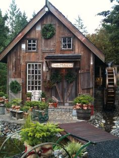 Love the potting shed! More