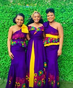 Tsonga Traditional Dresses, South African Traditional Dresses, Traditional Wedding Attire, Traditional Outfits, African Print Fashion, African Prints, Sparkle Wedding, Wedding Bells, Black Bridesmaid Dresses