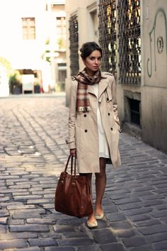 When I roam the streets of Italy, I will wear this outfit. And carry that bag.