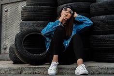 ��#sesiones #madrid #retrato #modelo #chica #girl #canon6d #igersmadrid #canon85mm #model #burberry #fashion #fashionteen #spain #popu #modajoven #sesiondefotosla #fiesta #str #fotos #photography #quinceaños #party #recuerdosparatodalavida #xv #teens #fifteen #books #produciendo #akai http://tipsrazzi.com/ipost/1505352042741662011/?code=BTkFbUJhoE7
