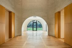 Arched openings punctuate brick-clad house in Seoul by Tectonics Lab Decor Interior Design, Interior Decorating, Modern Interior, Korean Design, Brick Facade, Foyer Decorating, Arched Windows, Architecture Design, South Korea
