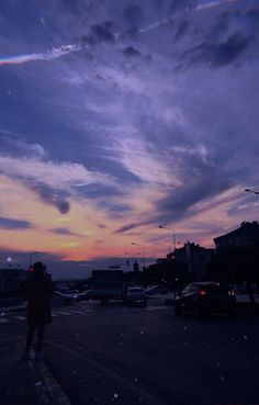 Our time ran out a long time ago Pretty Sky, Beautiful Sunset, Aesthetic Iphone Wallpaper, Aesthetic Wallpapers, Handy Wallpaper, Wallpaper Desktop, Girl Wallpaper, Disney Wallpaper, Wallpaper Quotes