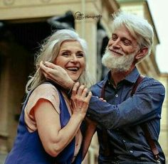 Growing old and in love together Older Couples, Mature Couples, Cute Couples Goals, Couples In Love, Older Couple Photography, Romantic Photography, Romantic Quotes For Her, Dying Of The Light, Love Matters