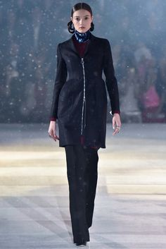Christian Dior Pre-Fall 2015 Fashion Show Collection