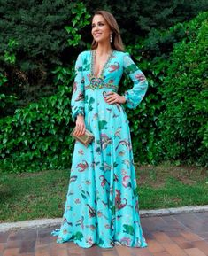 Pinned onto 2018 winter outfits Board in 2018 winter outfits Category Floral Maxi Dress, Dress Skirt, Dress Up, Dress Outfits, Casual Dresses, Fashion Dresses, Evening Dresses, Summer Dresses, Look Chic