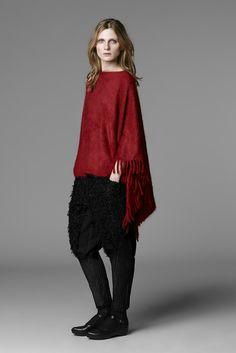 Issey Miyake Pre-Autumn-Winter 2013-2014 Women's Collection