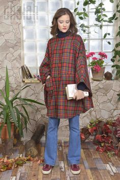 Chalah 2015-2016 Fall Collection  #pelerin #cape #koleksiyon #ekose #chalah #collagestyle #sonbahar #kış #panço #fashion #moda