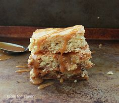 table for seven: Snickers Blondies