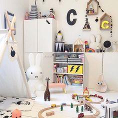 We love this little boys room via @kidsdesignlife.We wish we opted for white nursery furniture everything is soooo dark.